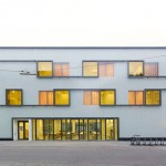 Translucent and foiled glass fronts German grammar school extension