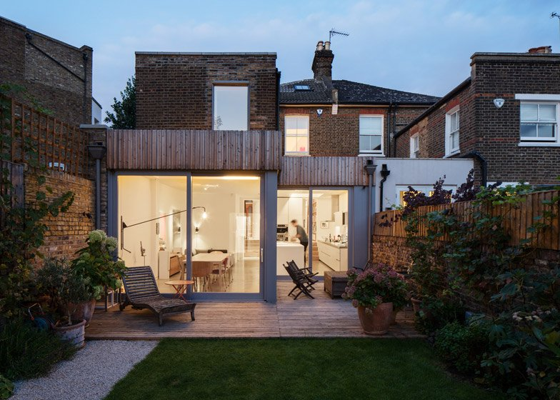Highlever road by Haptic