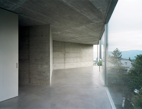 House with one wall in Zurich by Christian Kerez