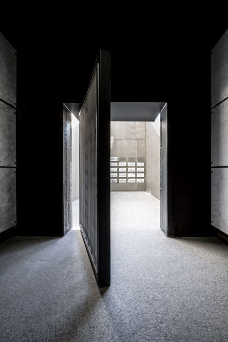 Royal Monastery of Santa Catalina de Siena by Hernandez Arquitectos
