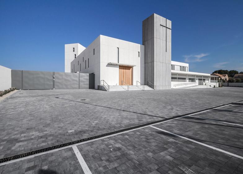 Royal Monastery of Santa Catalina de Siena by Hernandez Arquitectos