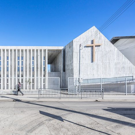 LAND Arquitectos rebuilds school devastated by Chilean earthquake