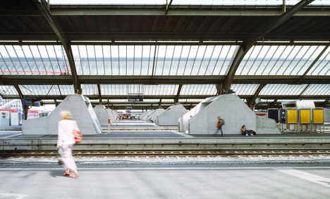 Zurich-main-train-station-by-Durig_dezeen_468_0