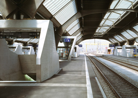 Zurich-main-train-station-by-Durig_dezeen_468_5