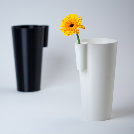 Han Koning puts 103% Vase back into production by 3D printing it himself