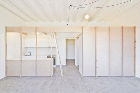 2 dwellings at Tamarit st by Carles Enrich Gimenez