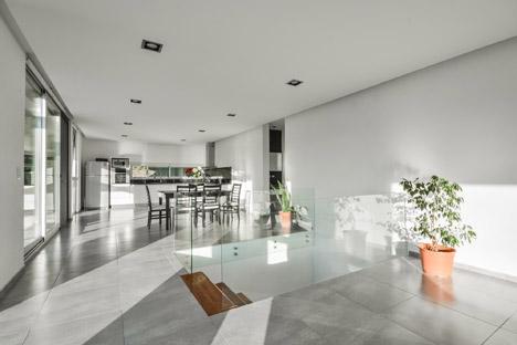 Casa 367 by Gonzalo Viramonte