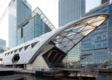 Crossrail Place at Canary Wharf by Foster+Partners