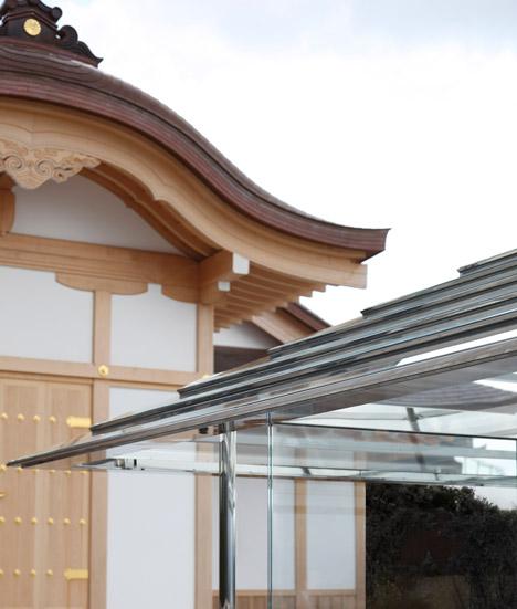 Glass Teahouse by Tokujin Yoshioka