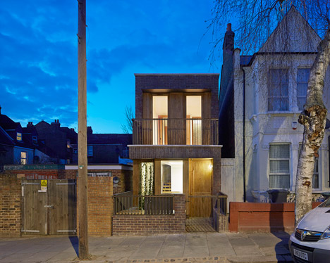 Haringey-Brick-House-by-Satish-Jassal-Architects_dezeen_468_19