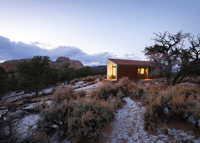 High Desert Dwelling Capitol Reef by Imbue Design