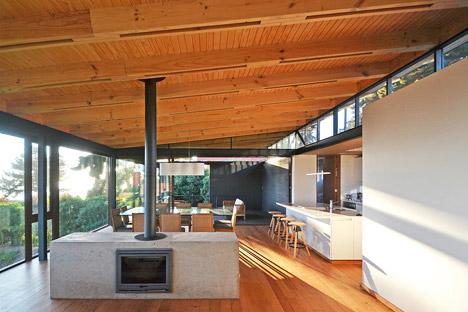 House-Chile-Alvaro-Arancibia-Sebastian-Coll_dezeen_468_2