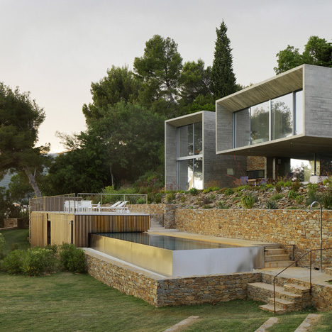 House-in-south-of-France-by-Pascal-Grasso_dezeen_sq2