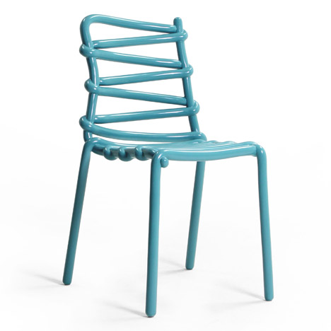 Markus Johansson creates fibreglass Loop Chair from a 3D-printed model