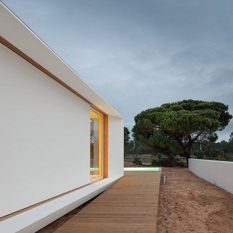 MIMA House in Alentejo is the latest in a<br /> series of prefabricated Portuguese homes