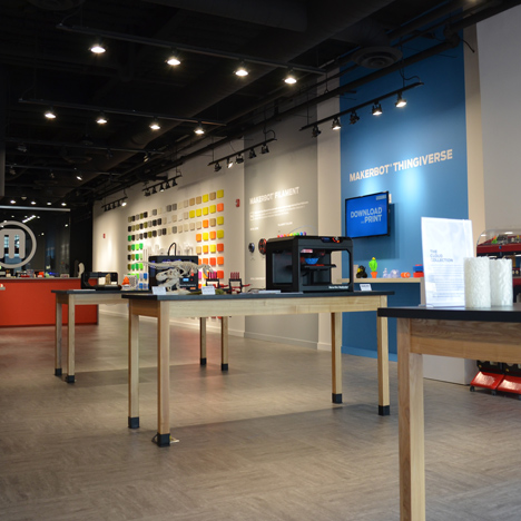 3D-printing pioneer MakerBot lays off staff and closes stores