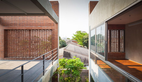 Ngamwongwan house in Bangkok by Jun Sekino