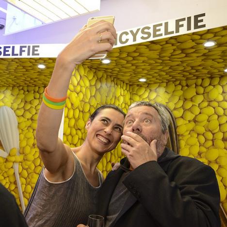 Philippe-and-Jasmine-Starck-milan-2015-design-alessi-selfie