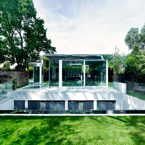 The-Covert-House-by-DSDHA-photo-credit-Helene-Binet-Christoffer-Rudquist_dezeen_SQ01