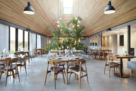 The Woodspeen restaurant and cookery school by Softroom Architects