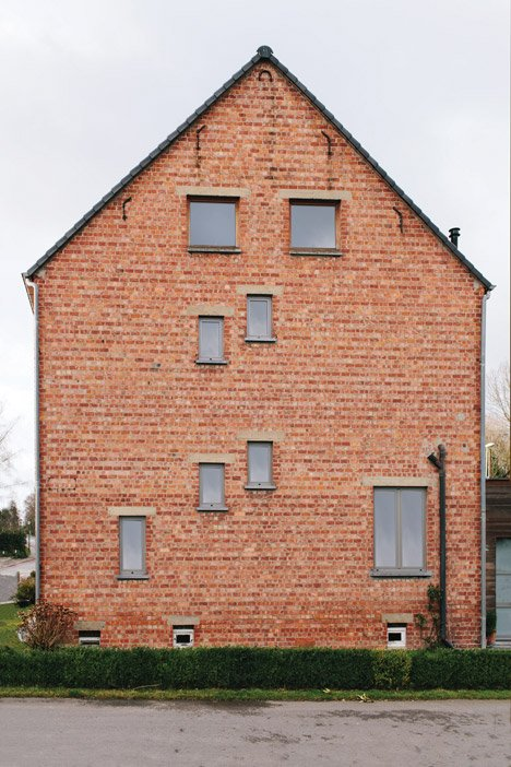 Ugly Belgian Houses by Hannes Coudenys