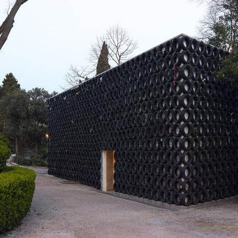 Tsibi Geva hides Israel's Venice biennale pavilion behind a wall of used tyres
