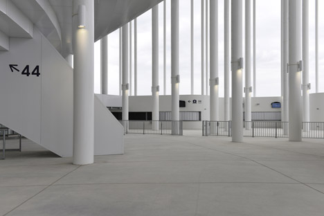 Bordeaux-Stadium-by-Herzog-de-Meuron-bb_dezeen_468_1