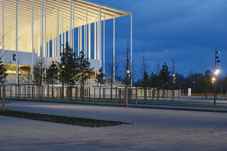 Bordeaux-Stadium-by-Herzog-de-Meuron-bb_dezeen_468_2