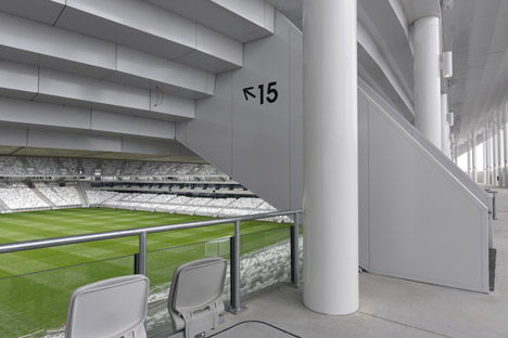 Bordeaux-Stadium-by-Herzog-de-Meuron-bb_dezeen_468_4