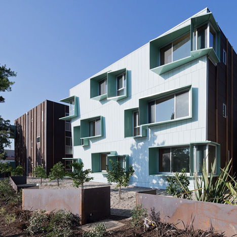 Broadway-housing-by-Kevin-Daly-Architects_dezeen_SQ03