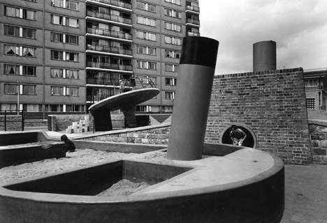 Churchill Gardens, 1956. Photograph by John Maltby. Image courtesy of RIBA Library Photographs Collection