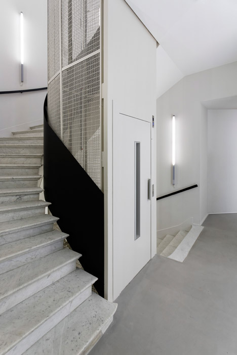 Dior-Men-offices-in-Paris-by-Antonio-Virga-Architecte_dezeen_468_14