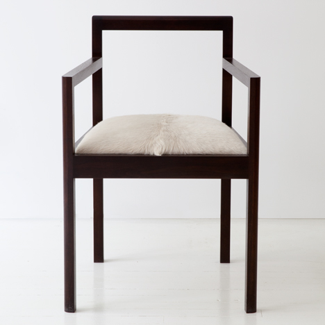 Densen dining chair