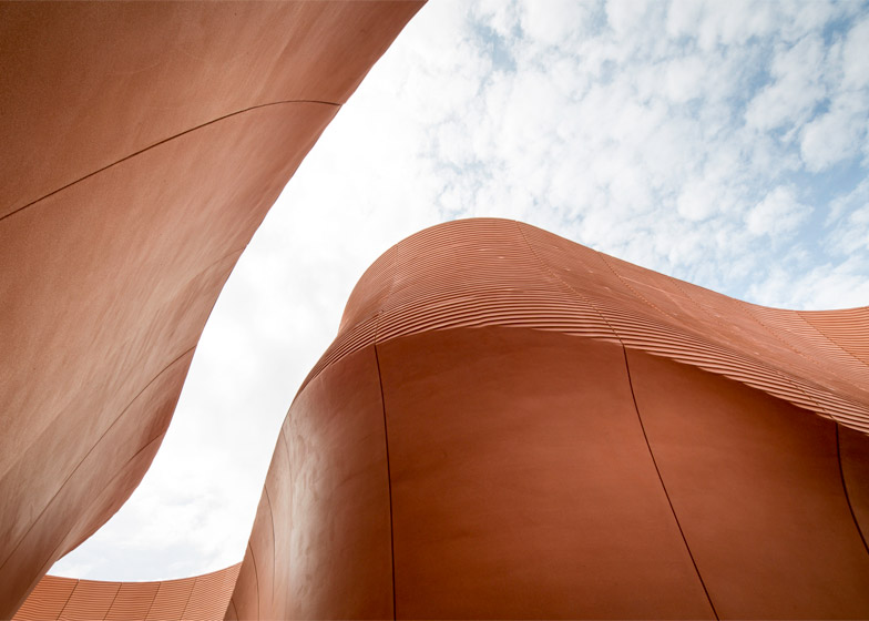 UAE pavilion for the Milan Expo 2015 by Foster + Partners