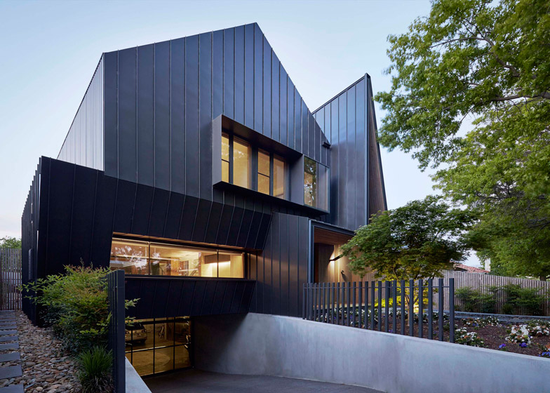 Lake Wendouree House by Inarc