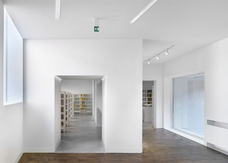 Library Bruges by Studio Farris Architects