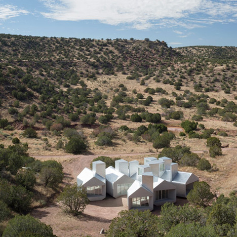 Element House, New Mexico by MOS Architects, 2014. Photograph by Florian Holzherr