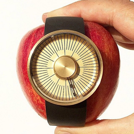 Michael Young Hacker watch on an apple