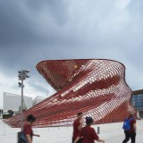 "Daniel Libeskind unveils his ""handcrafted dragon"" at the Milan Expo"