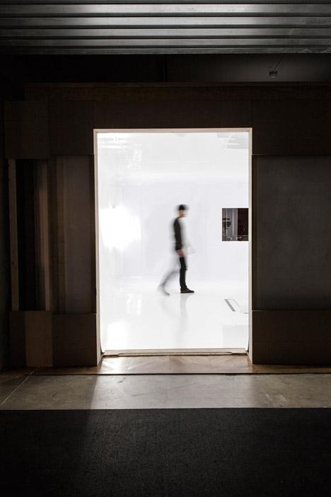 Mutations-exhibition-design-by-Freaks-Freearchitects_dezeen_468_1