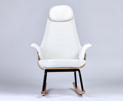 Nana-breastfeeding-rocker-Alegre-Design_dezeen_468_1