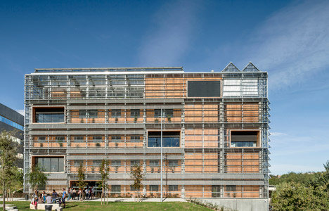 Research Center 1102 by H Arquitectes