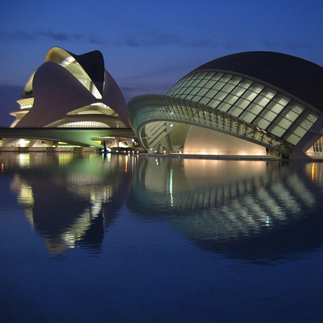 "Calatrava's City of Arts and Sciences is ""insane"" and ""amazing"" says George Clooney"