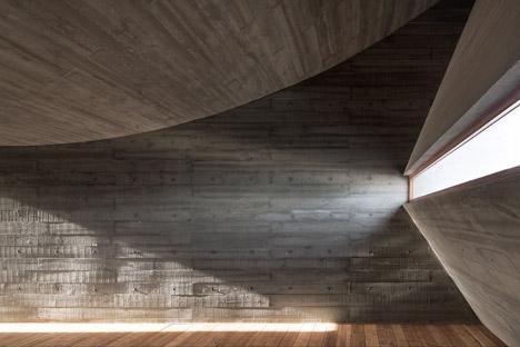Seashore-Library-by-Vector-Architects_dezeen_468_17