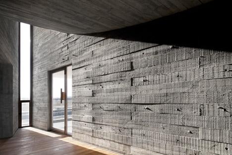 Seashore-Library-by-Vector-Architects_dezeen_468_18