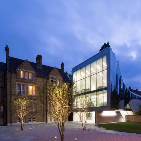 St-Antonys-College-by-Zaha-Hadid_dezeen_784_2-1