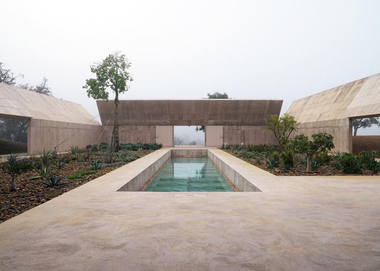 Villa Alem by Valerio Olgiati