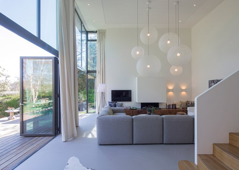 Villa near Rotterdam by Antonia Reif