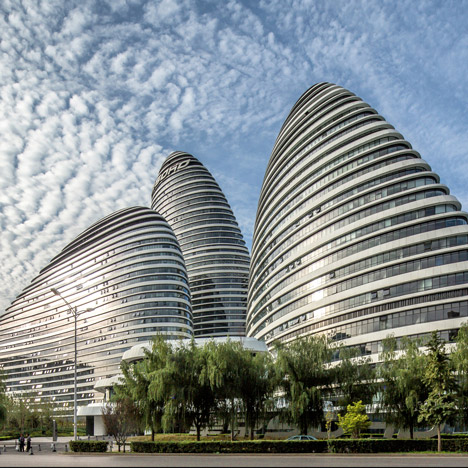 Wangjing-Soho-by-Zaha-Hadid-photo-credit-Jerry-Yin_dezeen_sq01