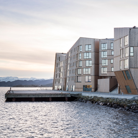 "Faceted waterfront housing in Norway conceived as ""a mountain range of wood"""